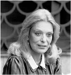 Björn Roos, Portrait photograph of Melina Mercouri. Stockholm 1982 (wikimedia)